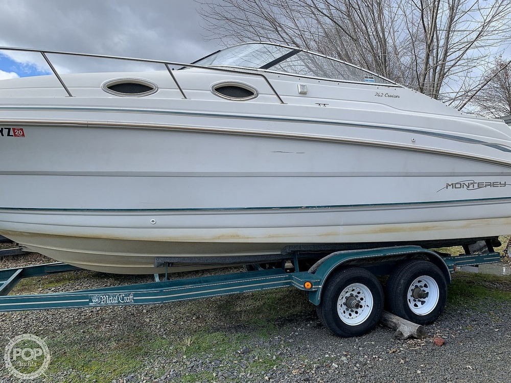 1998 Monterey boat for sale, model of the boat is 262 Cruiser & Image # 15 of 40