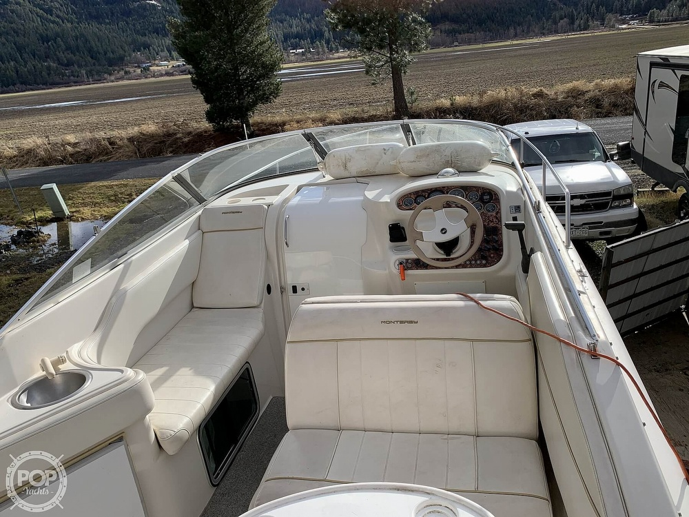 1998 Monterey boat for sale, model of the boat is 262 Cruiser & Image # 30 of 40