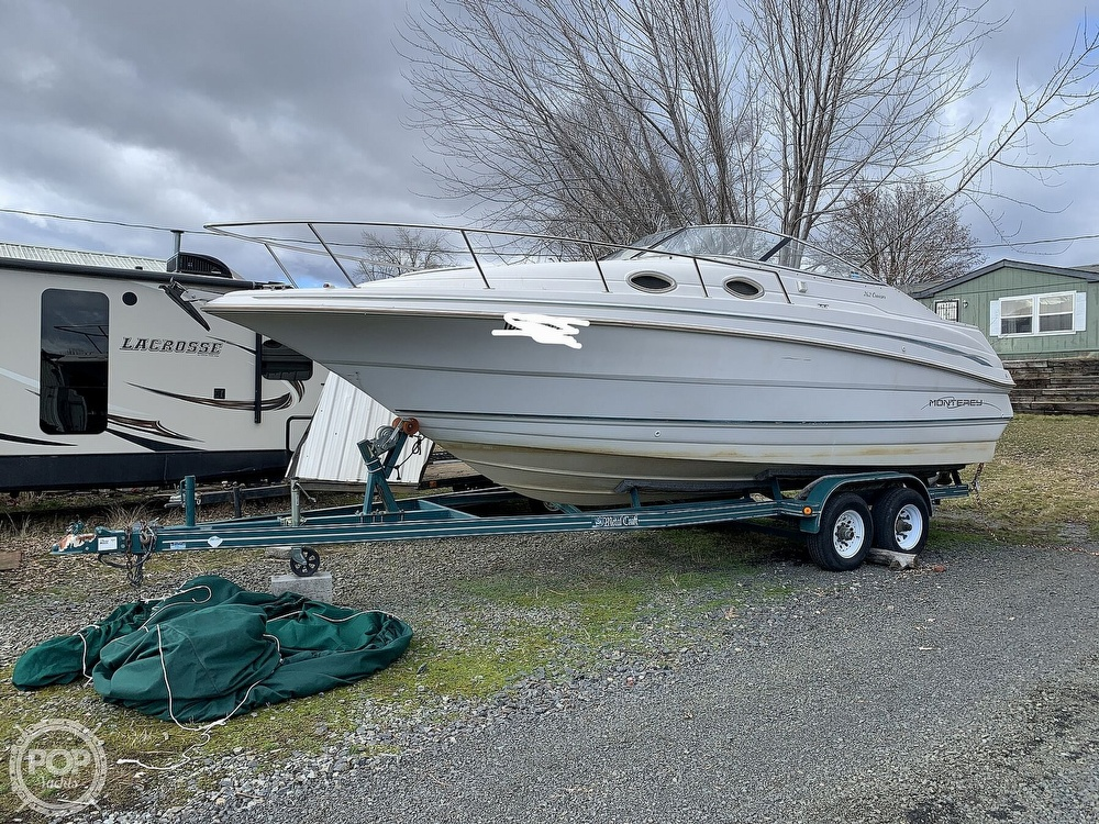 1998 Monterey boat for sale, model of the boat is 262 Cruiser & Image # 16 of 40