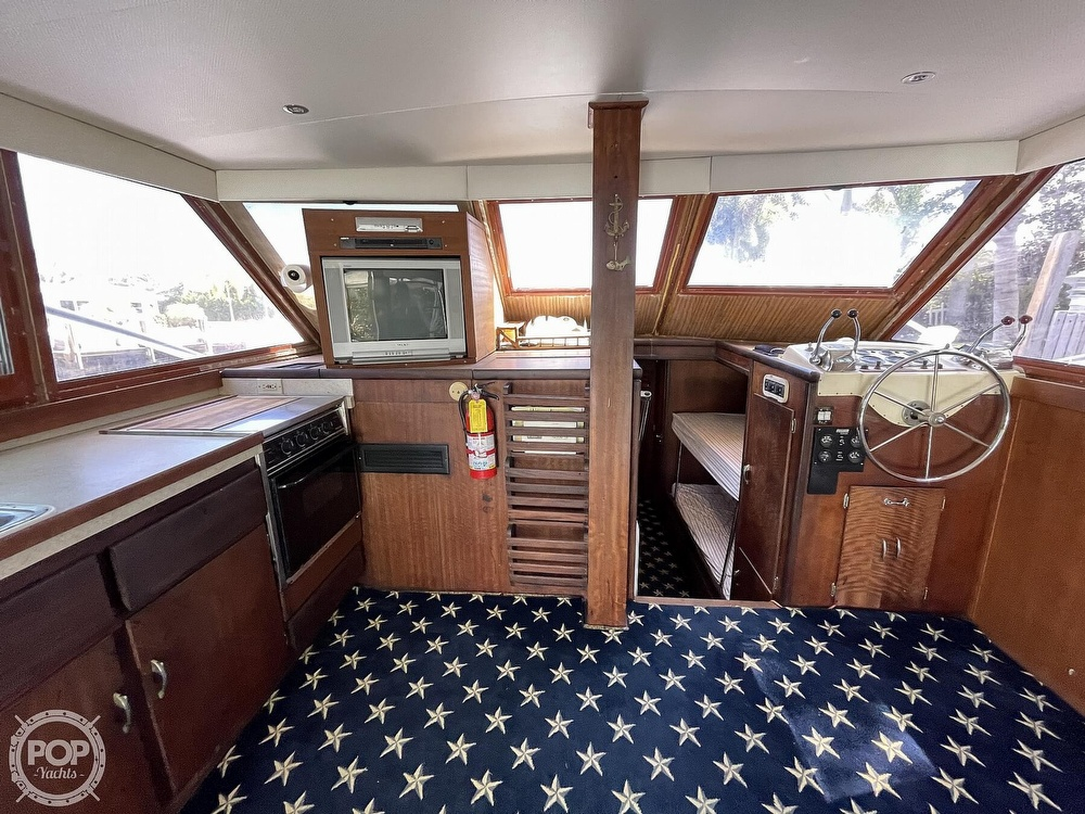 1969 Hatteras boat for sale, model of the boat is 45 & Image # 3 of 40