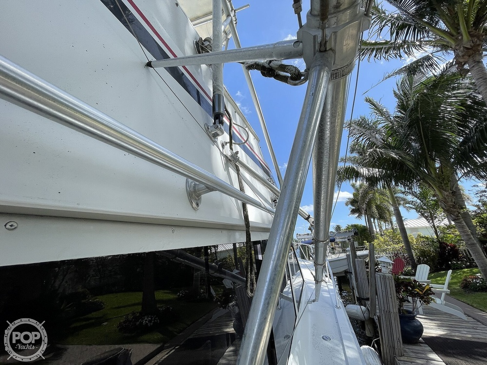 1969 Hatteras boat for sale, model of the boat is 45 & Image # 38 of 40
