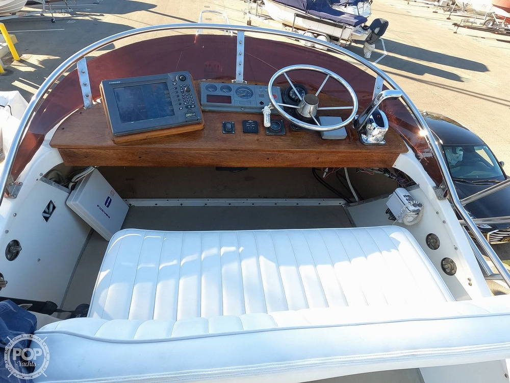 1985 Champion boat for sale, model of the boat is 26 Fish Hunter (Blackman) & Image # 9 of 40