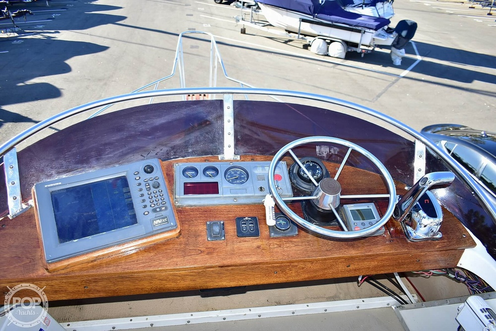 1985 Champion boat for sale, model of the boat is 26 Fish Hunter (Blackman) & Image # 10 of 40