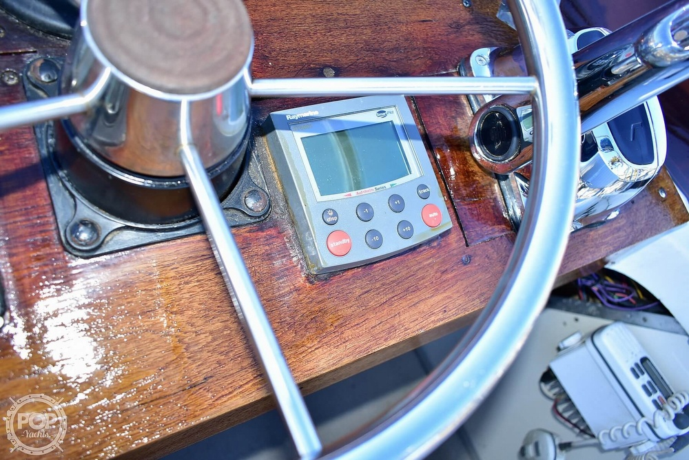 1985 Champion boat for sale, model of the boat is 26 Fish Hunter (Blackman) & Image # 12 of 40