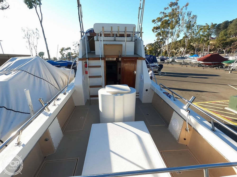 1985 Champion boat for sale, model of the boat is 26 Fish Hunter (Blackman) & Image # 27 of 40