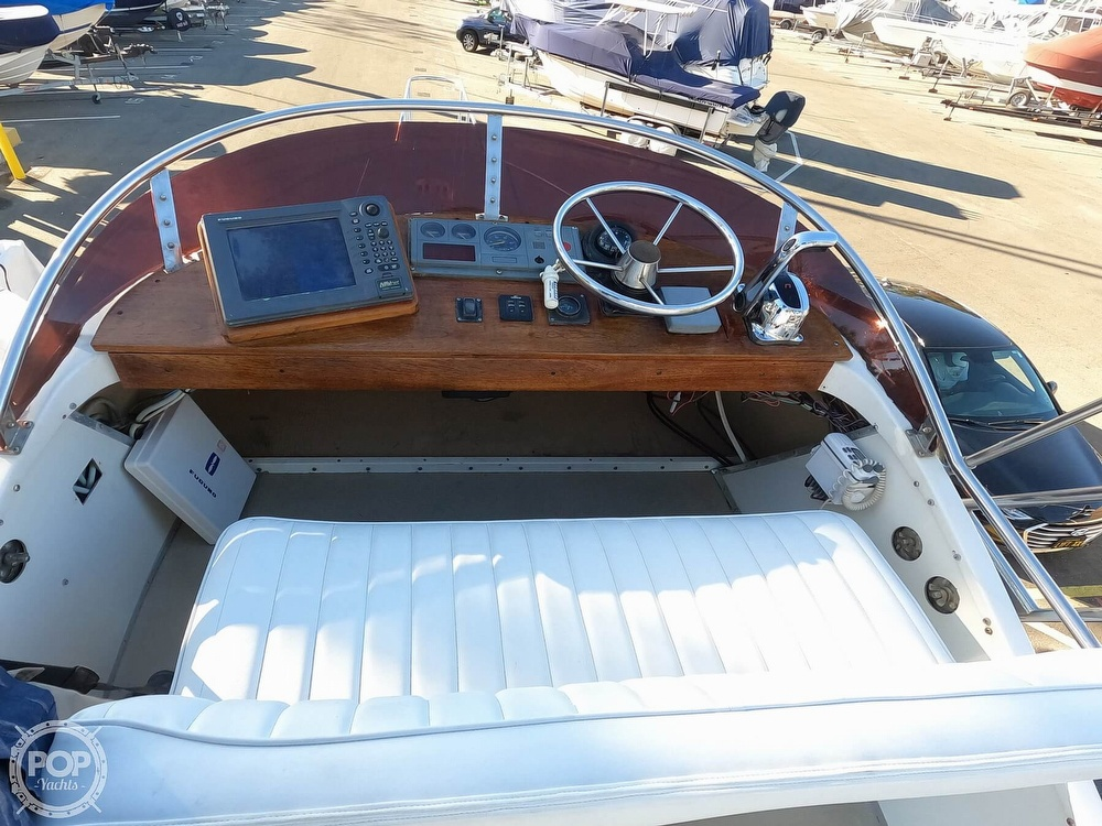 1985 Champion boat for sale, model of the boat is 26 Fish Hunter (Blackman) & Image # 39 of 40