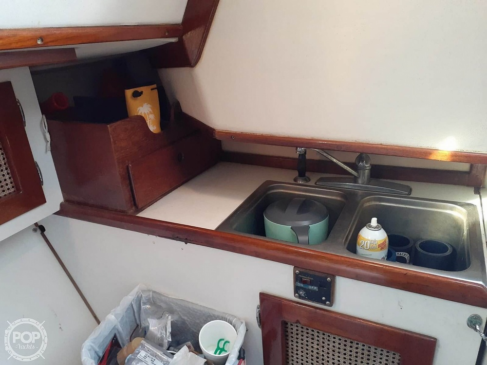 1982 Nightwind boat for sale, model of the boat is Pathfinder & Image # 5 of 40