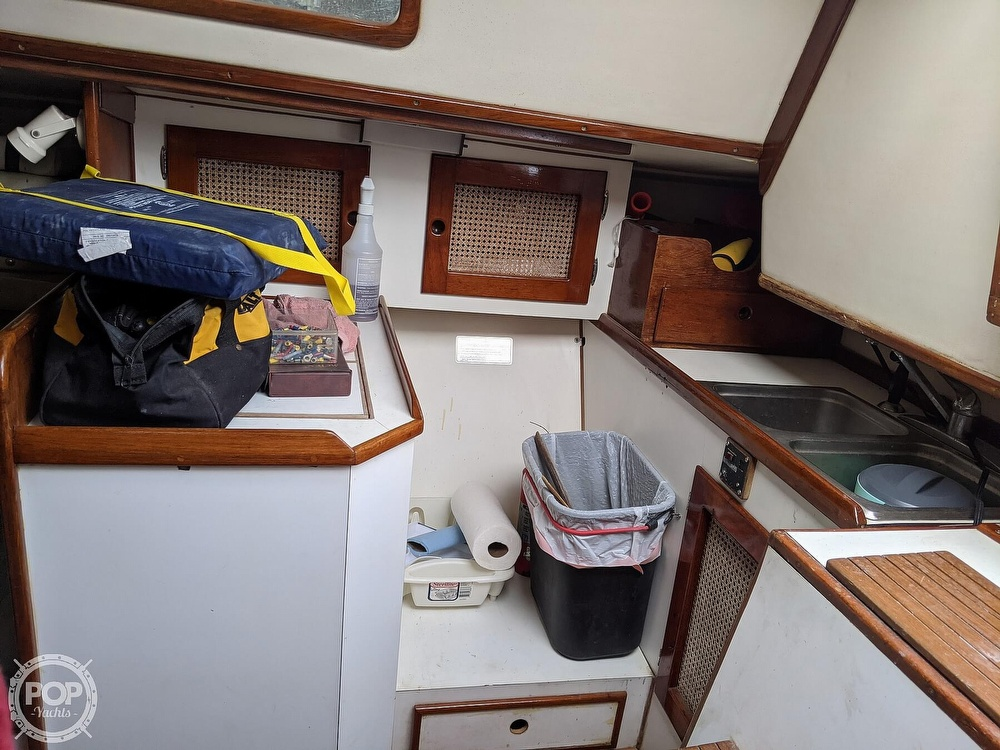 1982 Nightwind boat for sale, model of the boat is Pathfinder & Image # 16 of 40