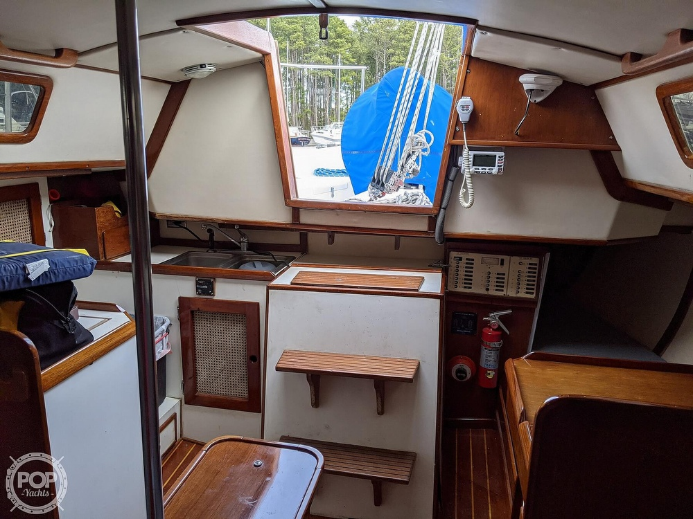 1982 Nightwind boat for sale, model of the boat is Pathfinder & Image # 18 of 40