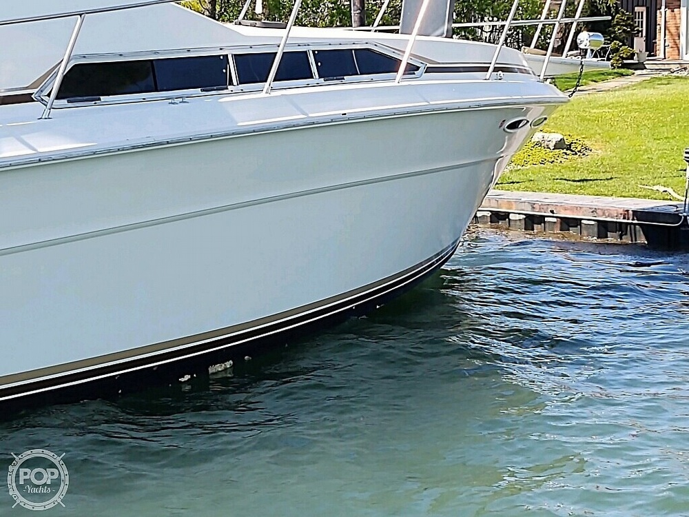 1983 Sea Ray boat for sale, model of the boat is SRV 360 Express & Image # 28 of 33