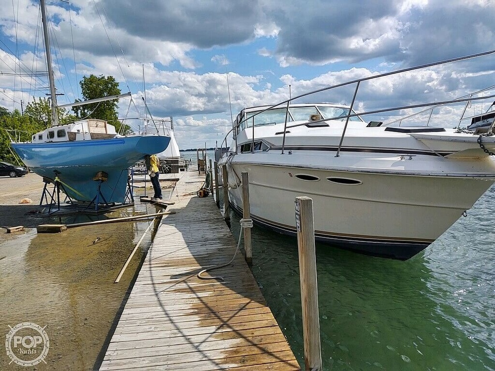 1983 Sea Ray boat for sale, model of the boat is SRV 360 Express & Image # 29 of 33