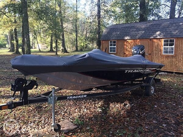 2019 Tracker Boats boat for sale, model of the boat is Pro Team 175 TXW & Image # 7 of 40