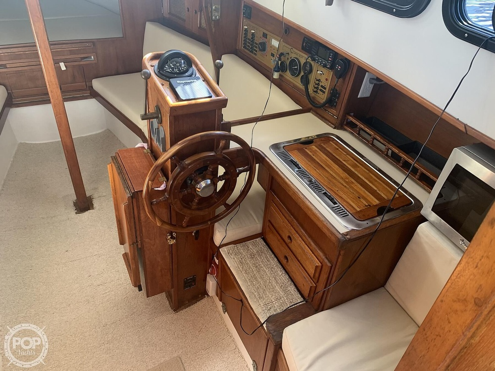 1989 Capital Yachts boat for sale, model of the boat is Gulf 29 Pilot & Image # 3 of 40