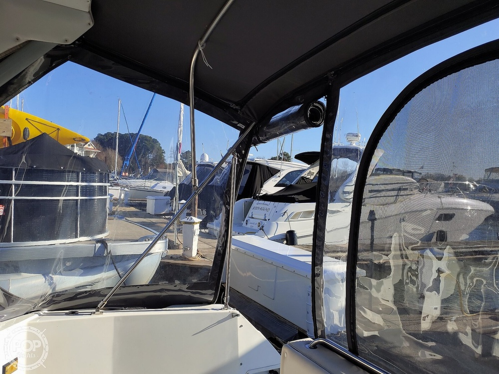 1990 Bayliner boat for sale, model of the boat is 3555 Avanti & Image # 24 of 40