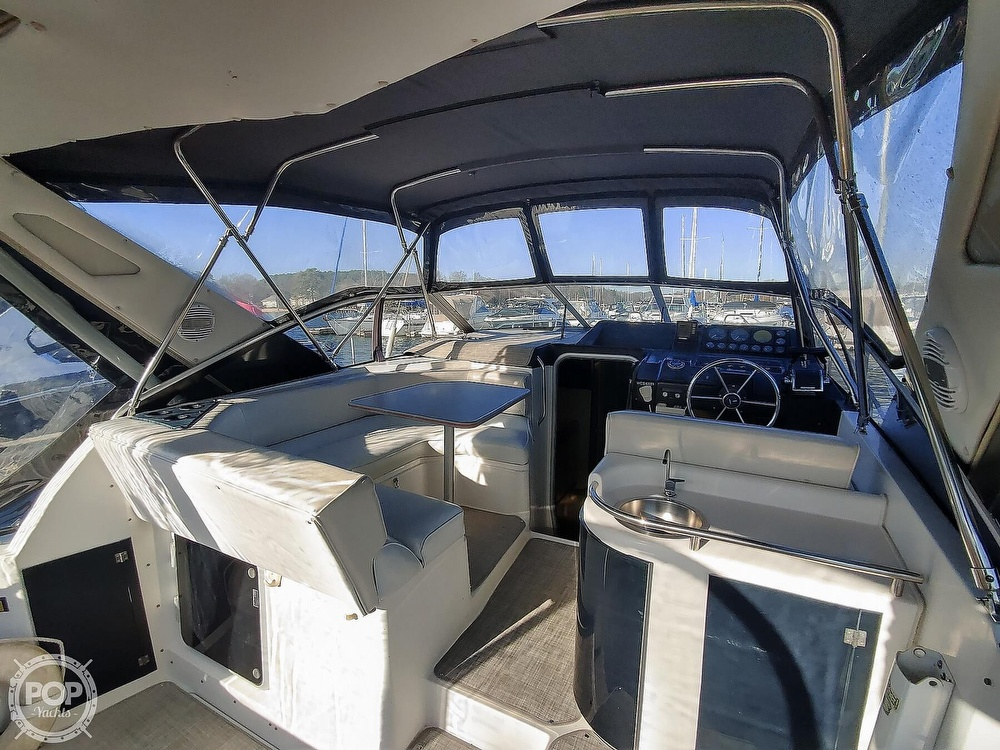 1990 Bayliner boat for sale, model of the boat is 3555 Avanti & Image # 36 of 40