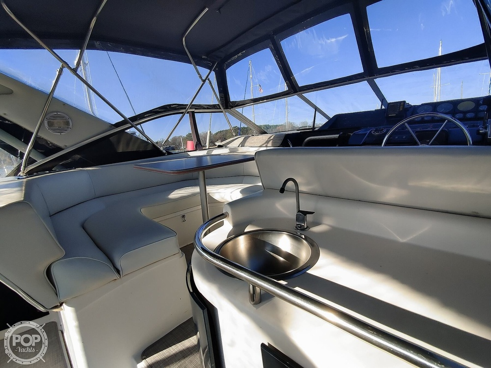 1990 Bayliner boat for sale, model of the boat is 3555 Avanti & Image # 38 of 40