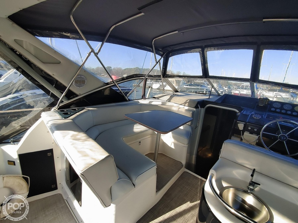 1990 Bayliner boat for sale, model of the boat is 3555 Avanti & Image # 39 of 40