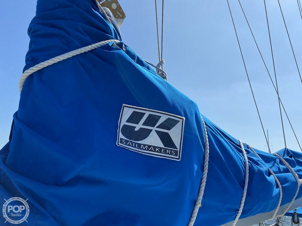 1988 Beneteau boat for sale, model of the boat is First 285 Wing Keel & Image # 17 of 40