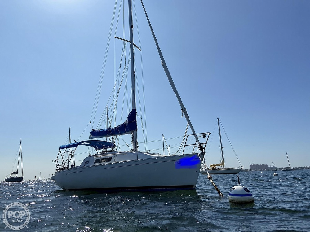 1988 Beneteau boat for sale, model of the boat is First 285 Wing Keel & Image # 18 of 40