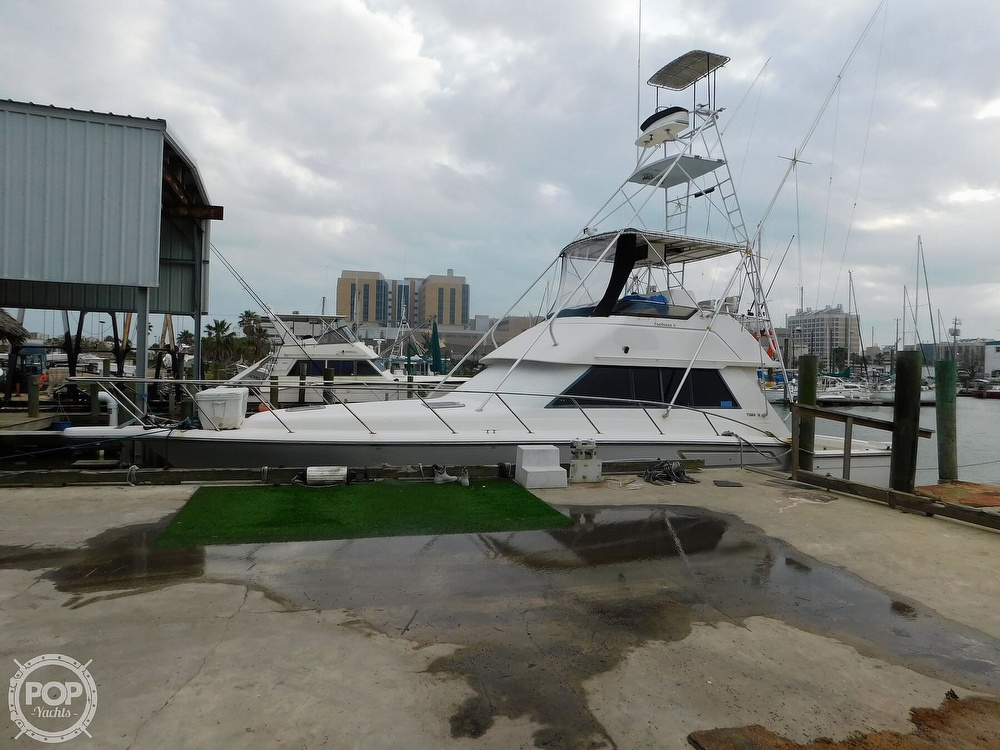 1990 Tiara Yachts boat for sale, model of the boat is 4300 & Image # 6 of 40
