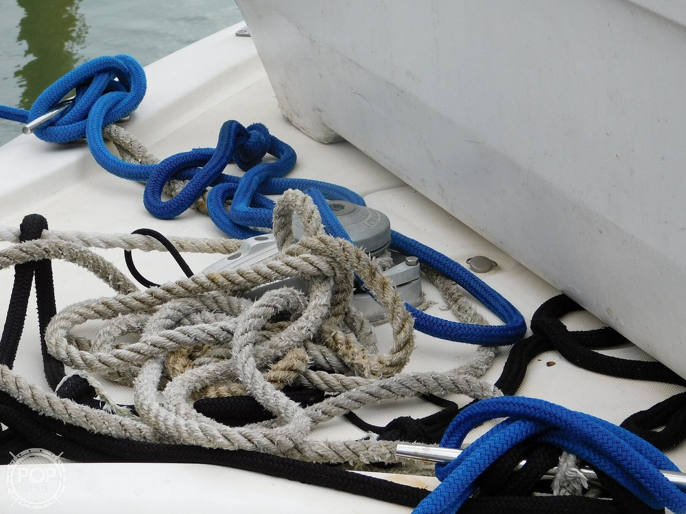 1990 Tiara Yachts boat for sale, model of the boat is 4300 & Image # 8 of 40