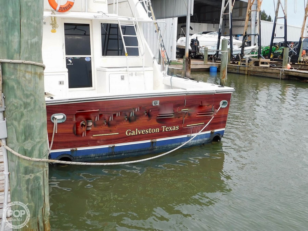 1990 Tiara Yachts boat for sale, model of the boat is 4300 & Image # 13 of 40