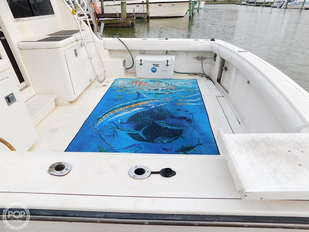 1990 Tiara Yachts boat for sale, model of the boat is 4300 & Image # 5 of 40