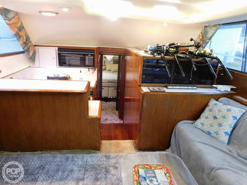 1990 Tiara Yachts boat for sale, model of the boat is 4300 & Image # 4 of 40