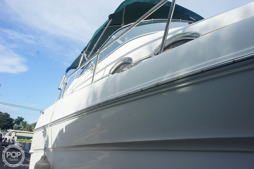 2001 Sea Ray boat for sale, model of the boat is 270 Sundancer & Image # 18 of 40