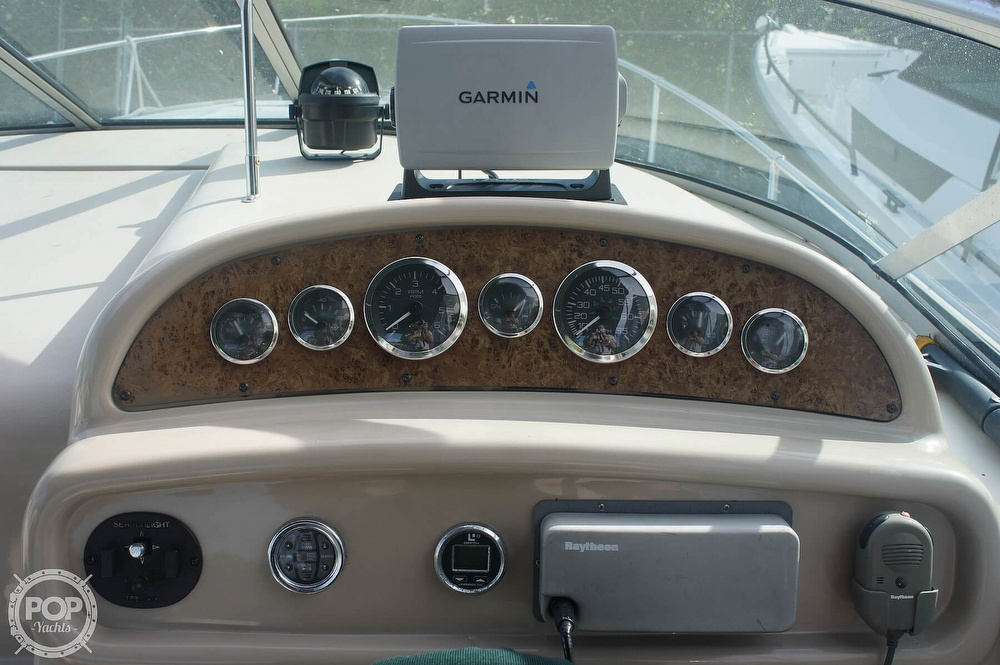 2001 Sea Ray boat for sale, model of the boat is 270 Sundancer & Image # 31 of 40