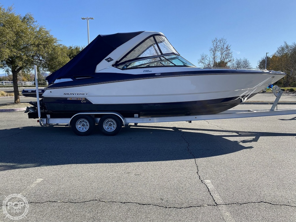 2018 Monterey boat for sale, model of the boat is 298SS & Image # 9 of 40