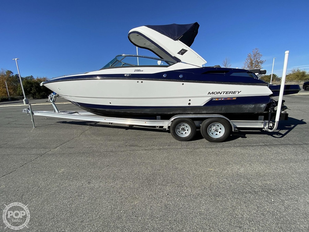 2018 Monterey boat for sale, model of the boat is 298SS & Image # 34 of 40