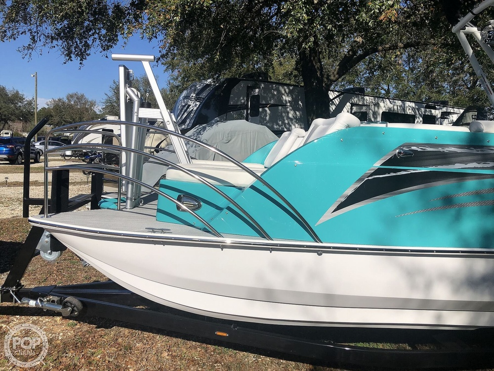 2020 Caravelle boat for sale, model of the boat is Razor 258 PF XL & Image # 10 of 40
