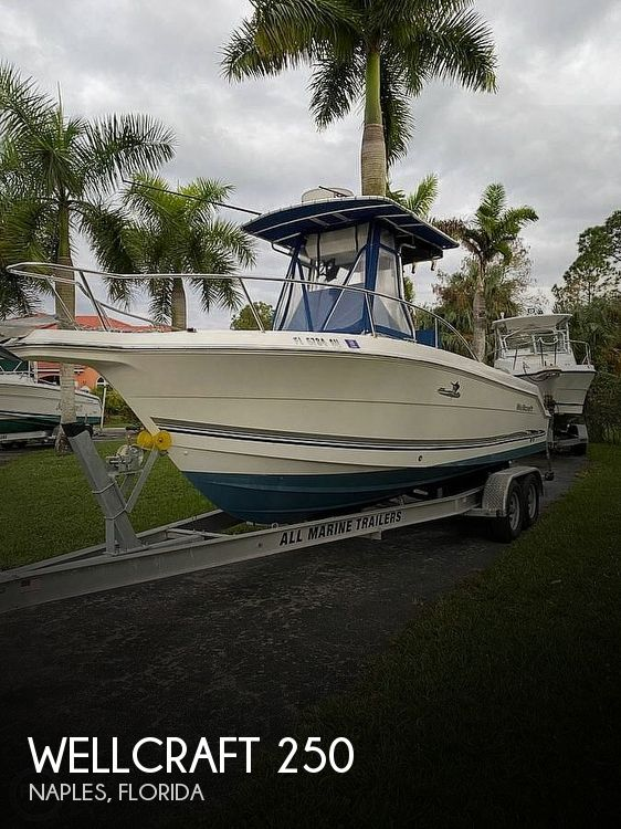Used Wellcraft Boats For Sale in Cape Coral, Florida by owner | 2003 Wellcraft 250 Fisherman-Tournament Editi