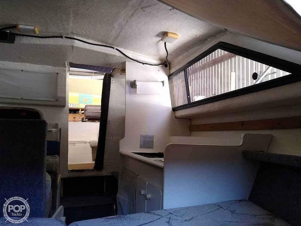 1993 Bayliner boat for sale, model of the boat is 2452 Cabin & Image # 20 of 40