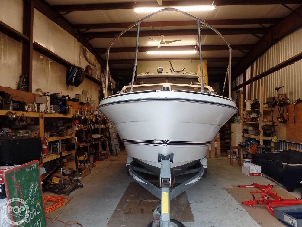 1993 Bayliner boat for sale, model of the boat is 2452 Cabin & Image # 3 of 40