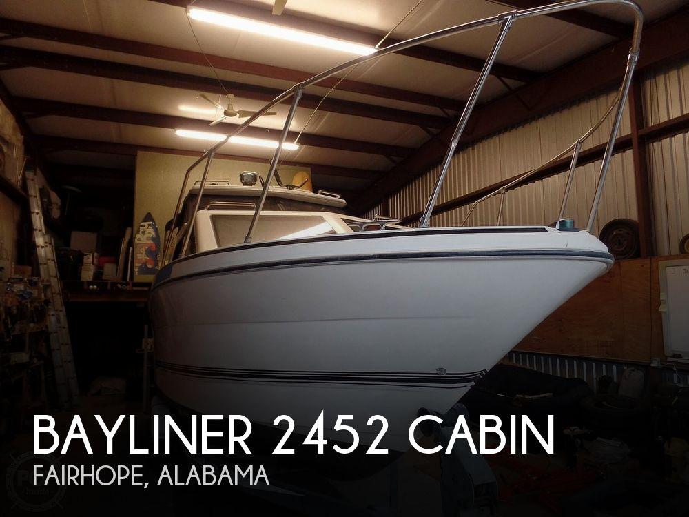 1993 Bayliner boat for sale, model of the boat is 2452 Cabin & Image # 1 of 40