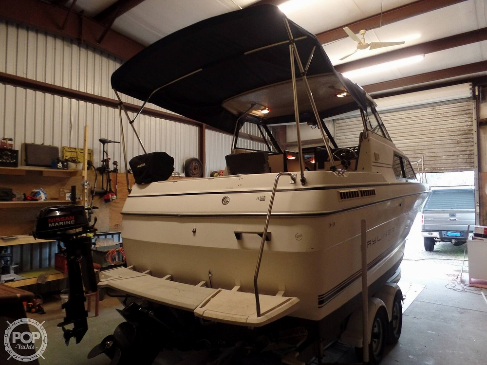 1993 Bayliner boat for sale, model of the boat is 2452 Cabin & Image # 13 of 40