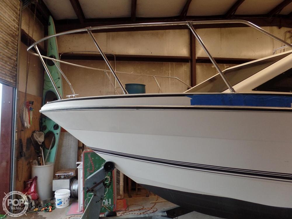 1993 Bayliner boat for sale, model of the boat is 2452 Cabin & Image # 6 of 40