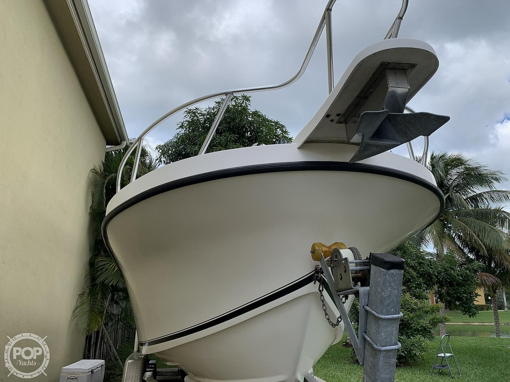 2005 Dusky Marine boat for sale, model of the boat is 233 FAC & Image # 6 of 40