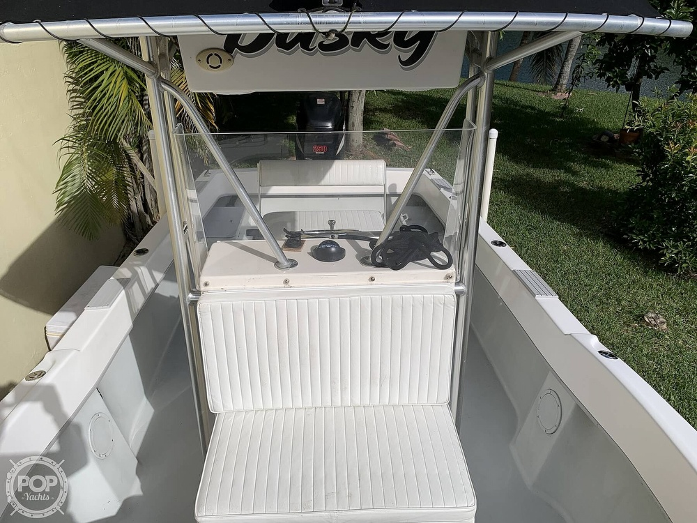 2005 Dusky Marine boat for sale, model of the boat is 233 FAC & Image # 3 of 40