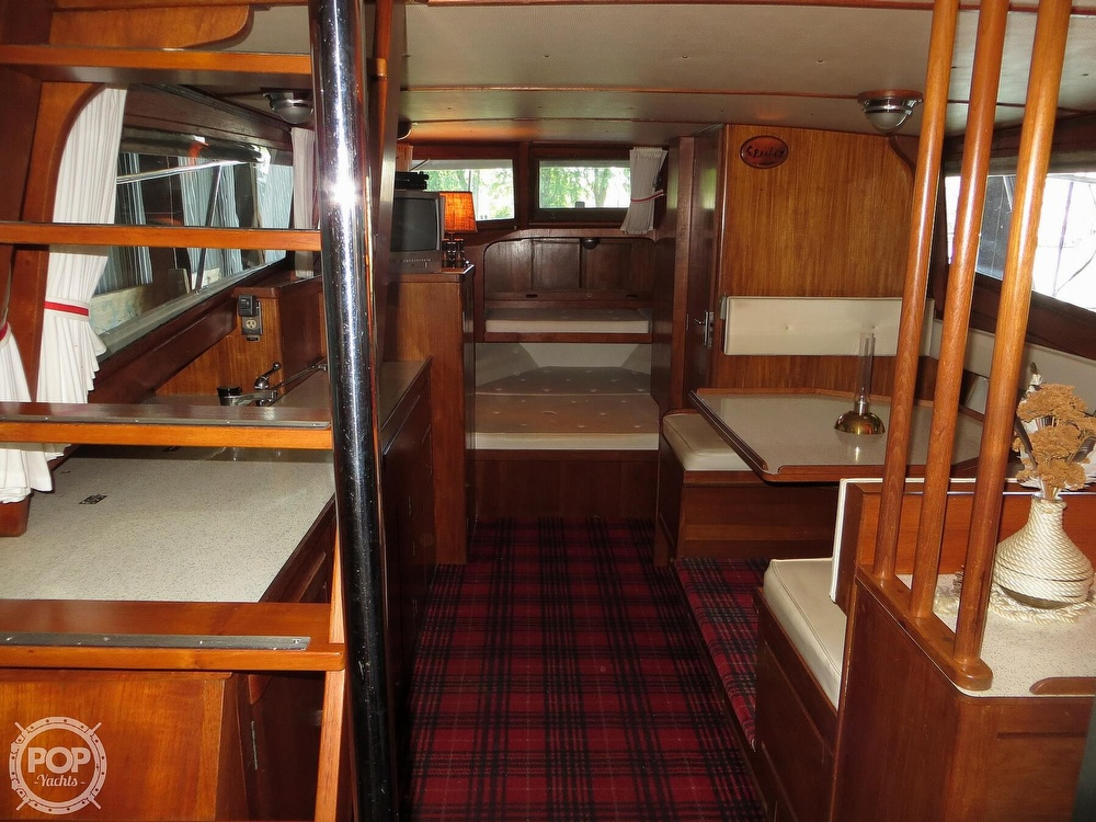 1969 Cheoy Lee boat for sale, model of the boat is Spoiler 30 & Image # 5 of 40