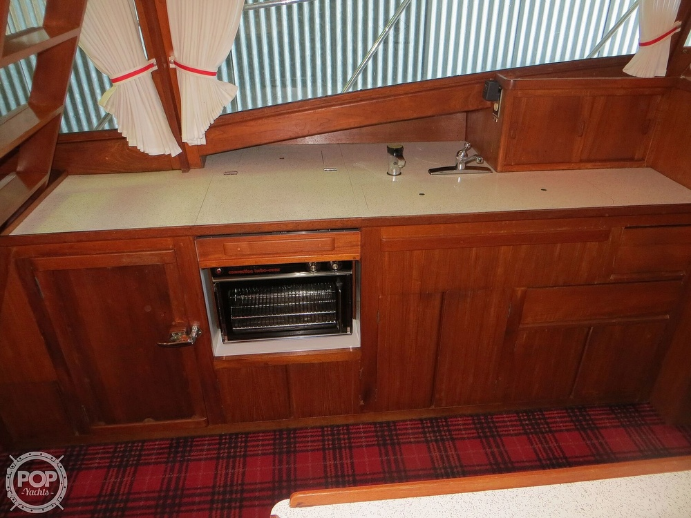 1969 Cheoy Lee boat for sale, model of the boat is Spoiler 30 & Image # 6 of 40