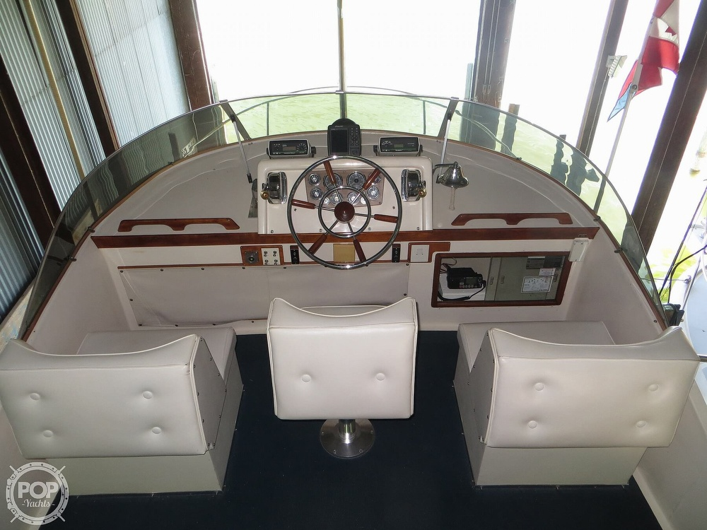 1969 Cheoy Lee boat for sale, model of the boat is Spoiler 30 & Image # 13 of 40