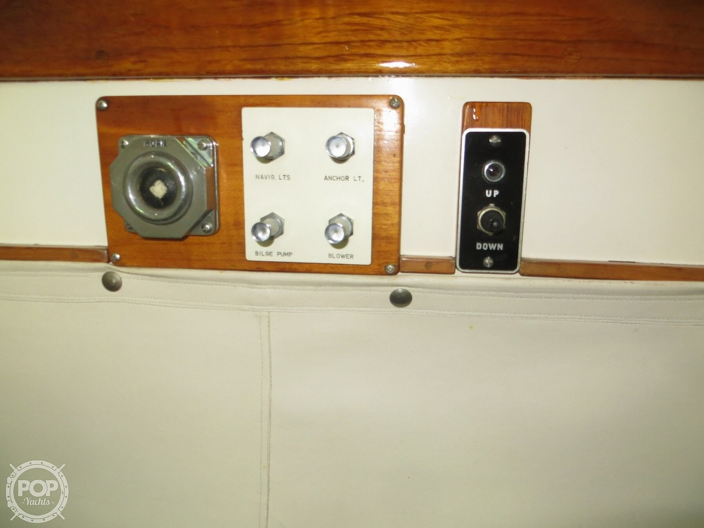 1969 Cheoy Lee boat for sale, model of the boat is Spoiler 30 & Image # 31 of 40