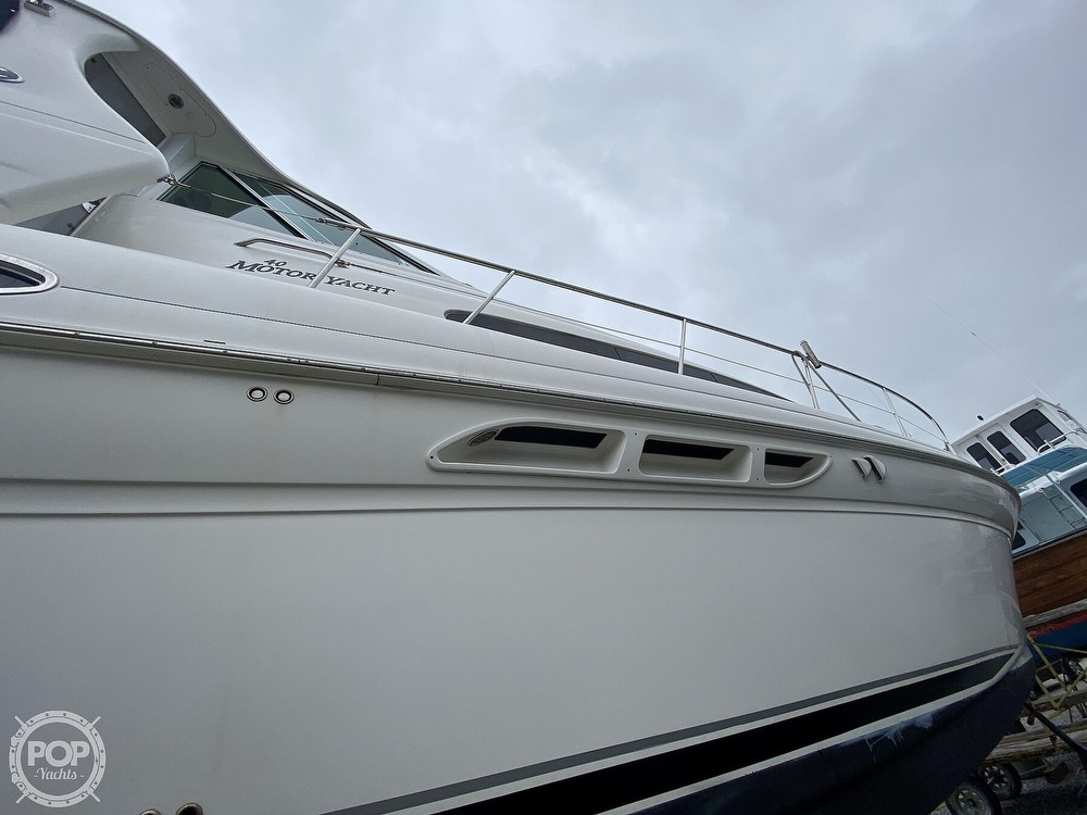 2006 Sea Ray boat for sale, model of the boat is 40 Motor Yacht & Image # 12 of 40
