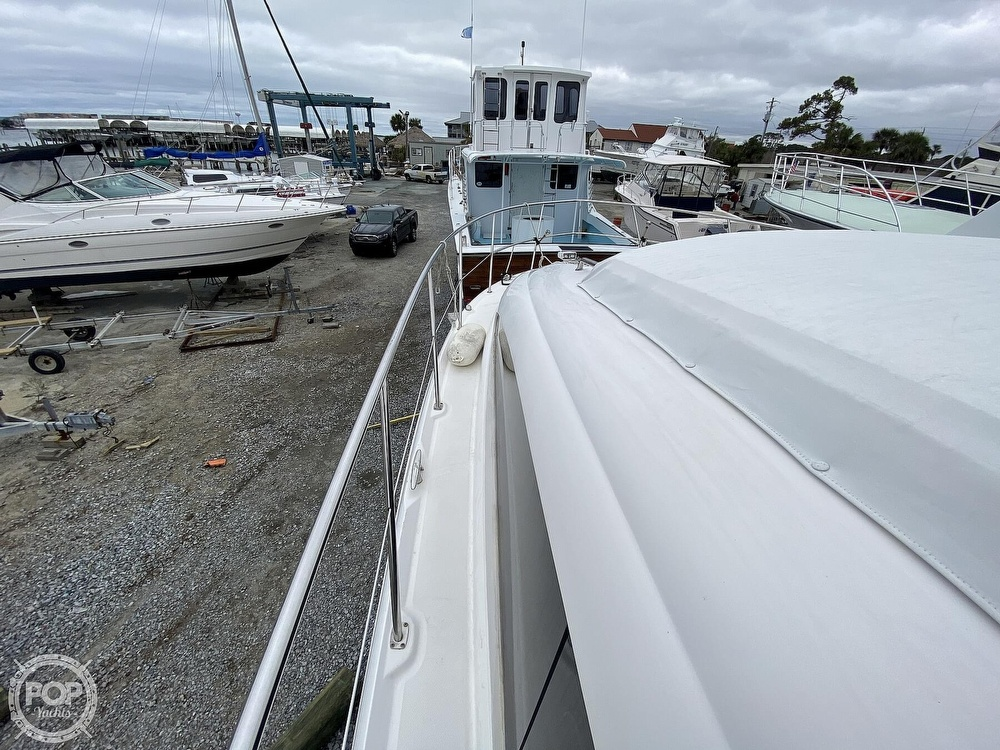 2006 Sea Ray boat for sale, model of the boat is 40 Motor Yacht & Image # 27 of 40