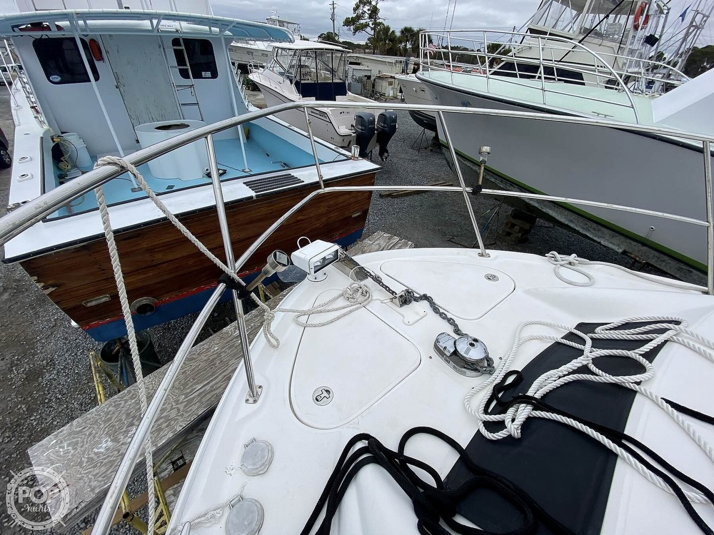 2006 Sea Ray boat for sale, model of the boat is 40 Motor Yacht & Image # 29 of 40