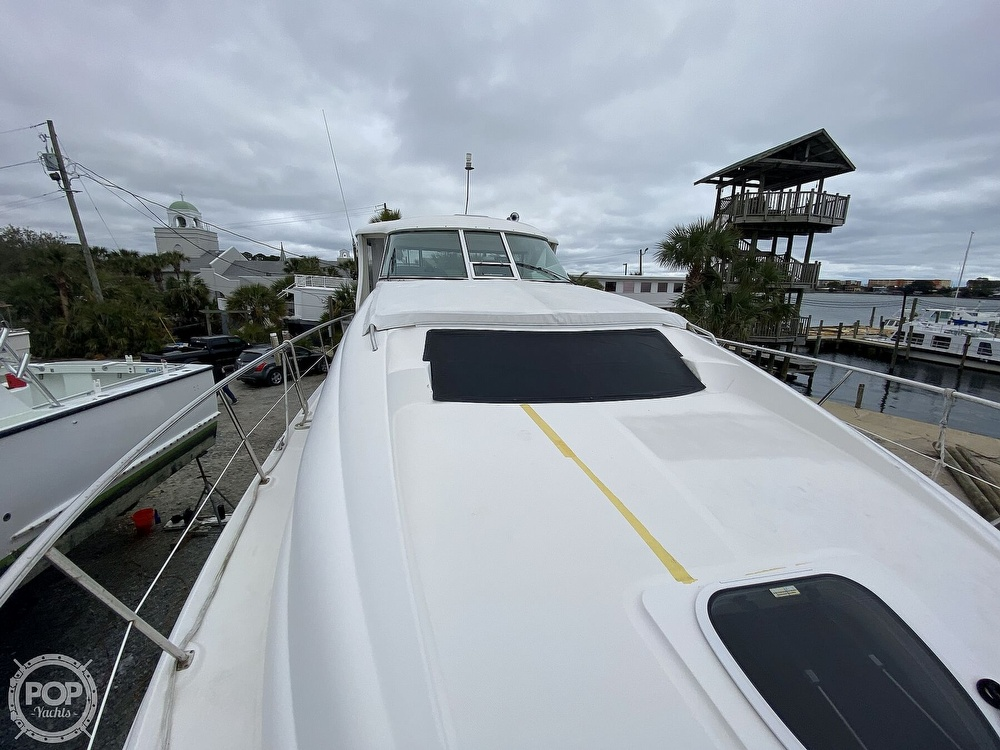 2006 Sea Ray boat for sale, model of the boat is 40 Motor Yacht & Image # 35 of 40