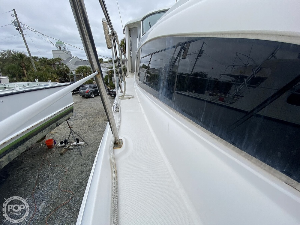 2006 Sea Ray boat for sale, model of the boat is 40 Motor Yacht & Image # 37 of 40